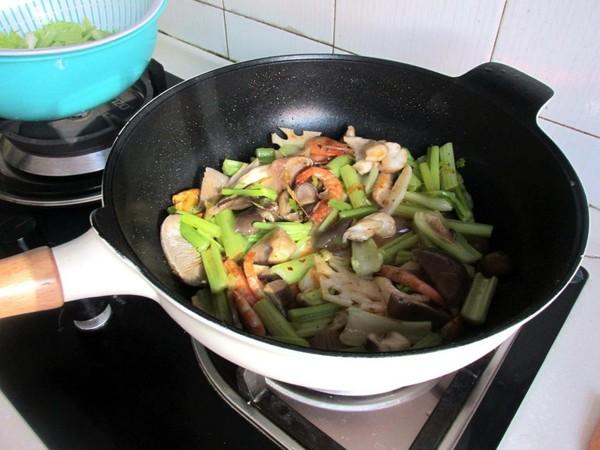 鲜香麻辣锅怎样炒