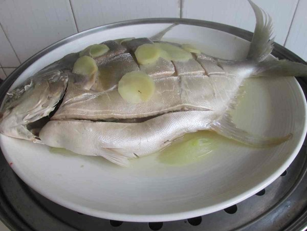 清蒸鲳鱼的简单做法