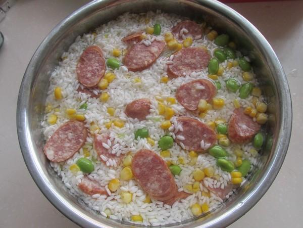 香肠玉米青豆饭怎么做