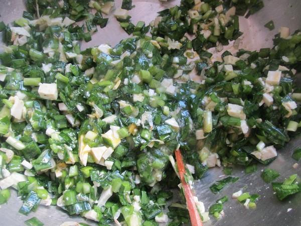 韭菜豆腐饺子的做法图解