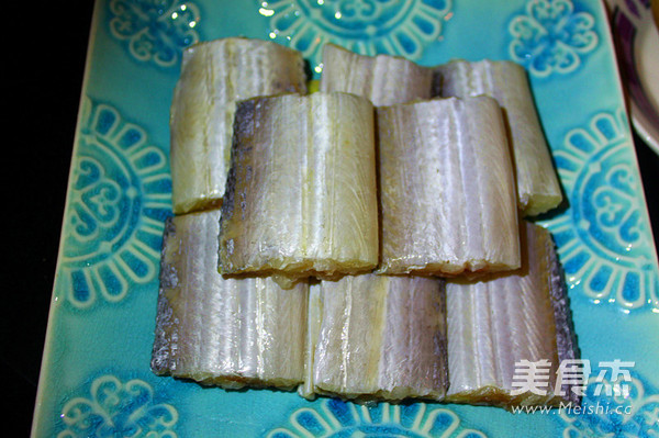 剁椒蒸带鱼的家常做法
