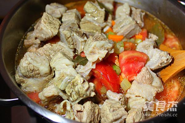番茄咖喱炖牛腩怎么炒