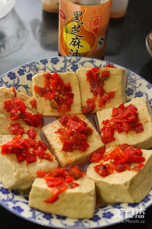 剁椒香菜蒸臭豆腐怎么吃