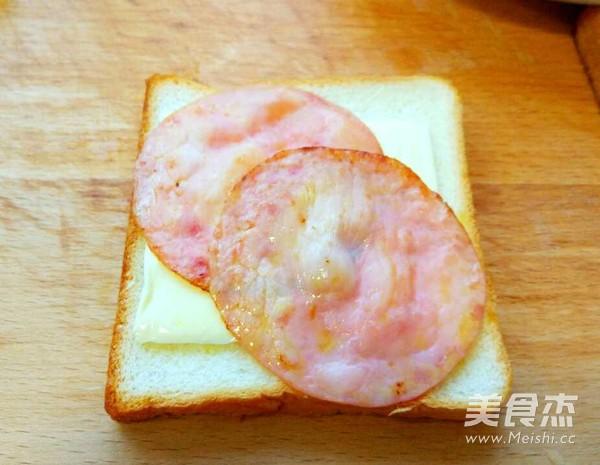火腿三明治怎么吃