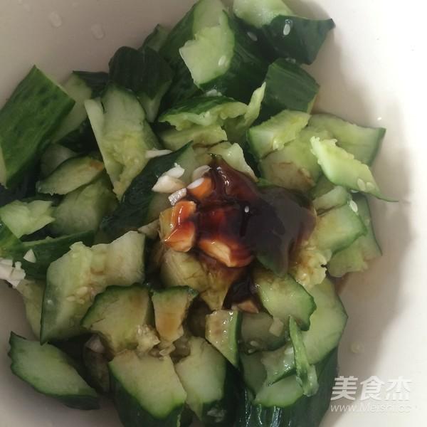 蒜泥黄瓜怎么吃