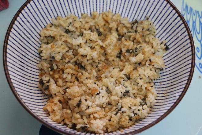 海苔肉松饭团怎么炒