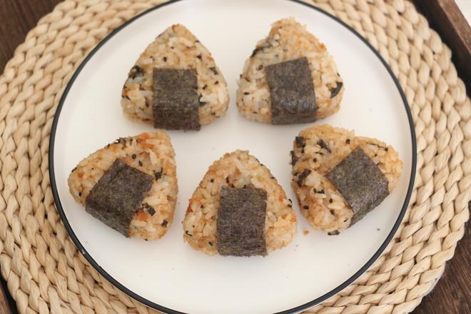 海苔肉松饭团怎么煮