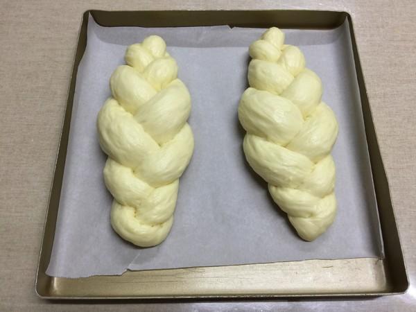 杏仁辫子面包(汤种,一次发酵)的制作