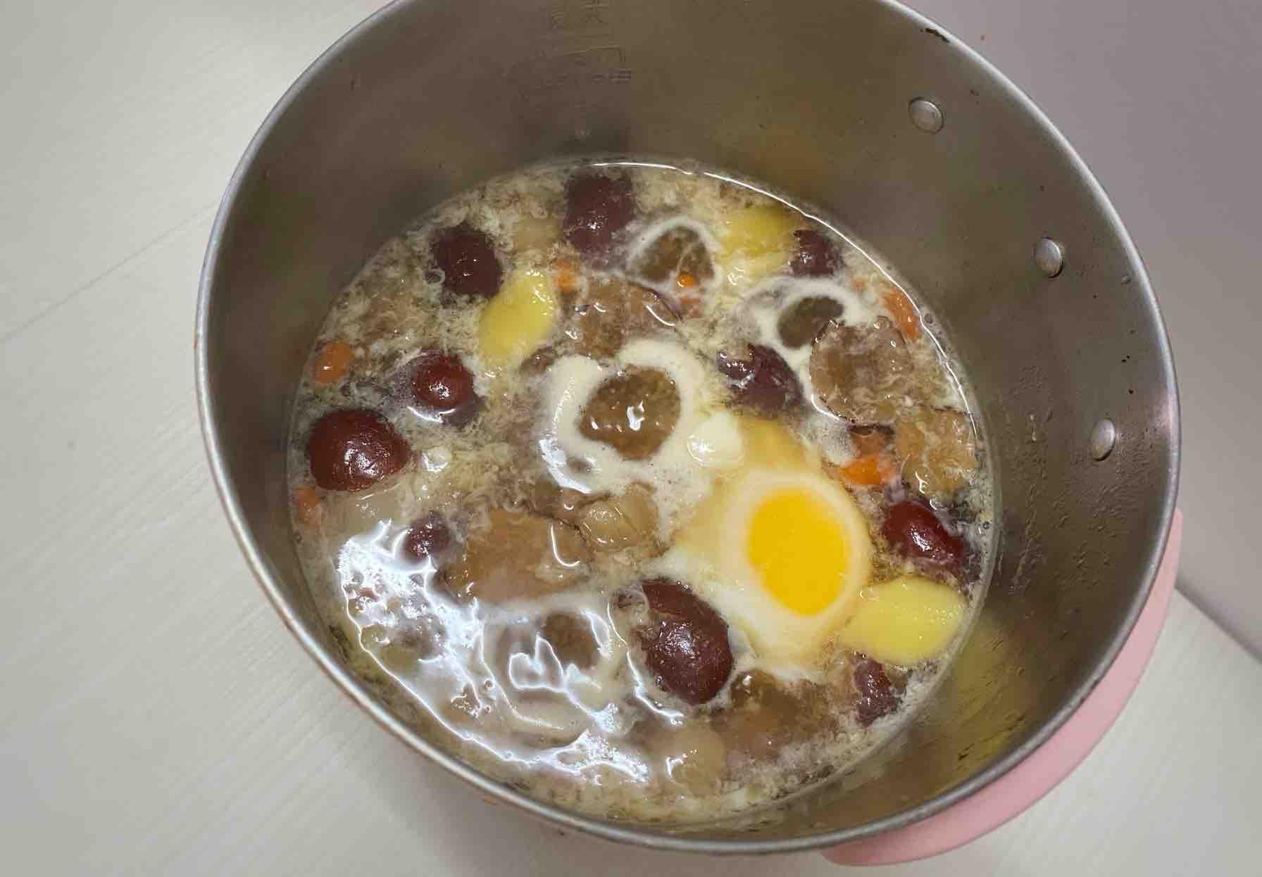 缓解痛经|红枣桂圆枸杞鸡蛋红糖水的步骤
