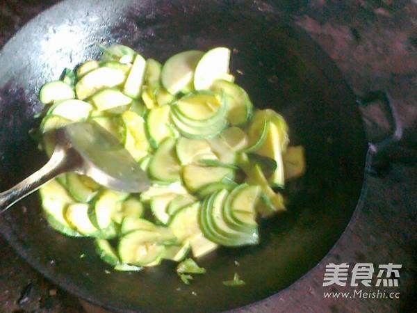 炒西葫芦的简单做法