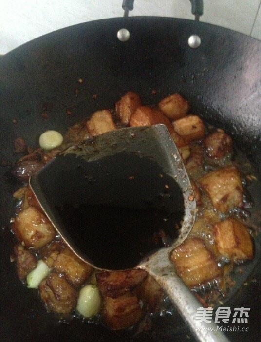 胡萝卜红烧肉家常做法怎么做