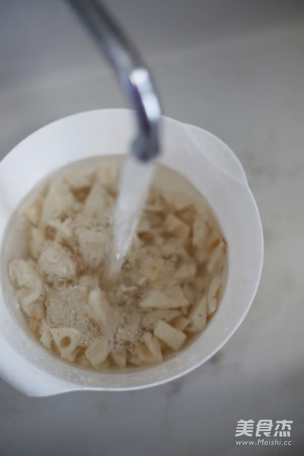 糖醋藕丁的简单做法