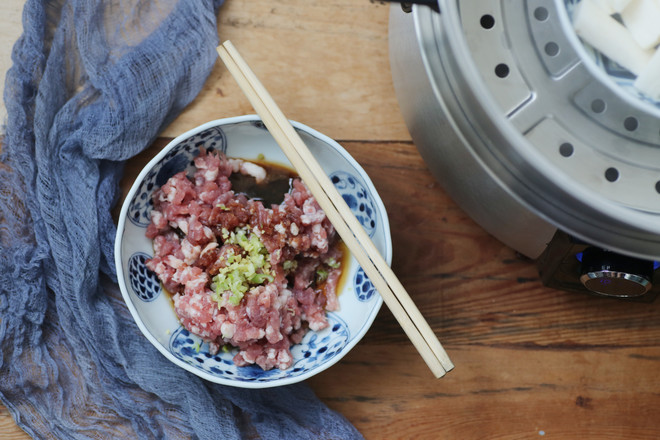 山药糯米蒸肉丸的步骤