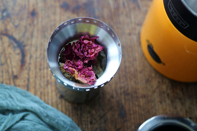 能减肥的茶香玫瑰茶的做法图解