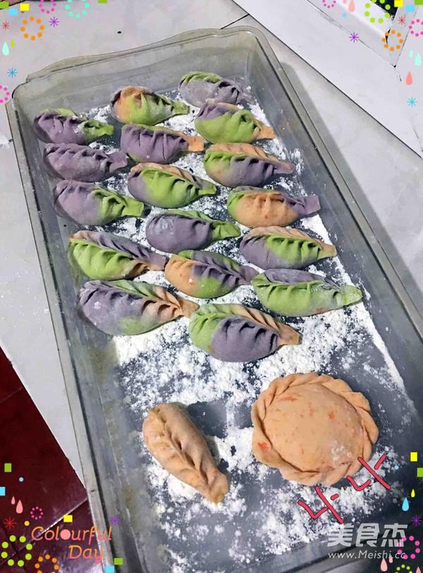 炫彩鲅鱼水饺的简单做法