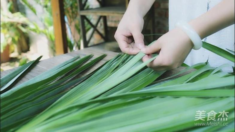 家乡的草灰粽的简单做法