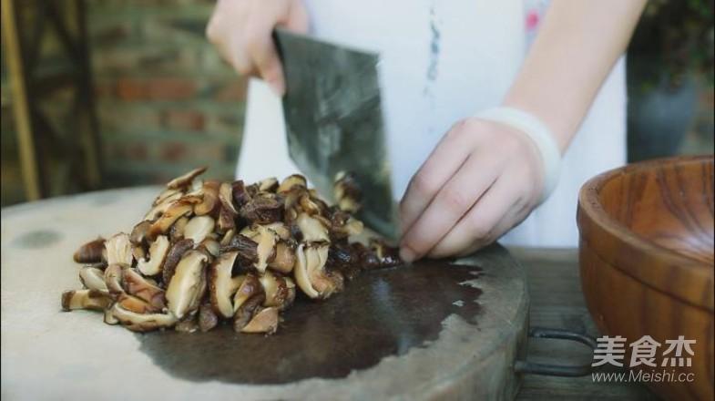 家乡的草灰粽怎样煮