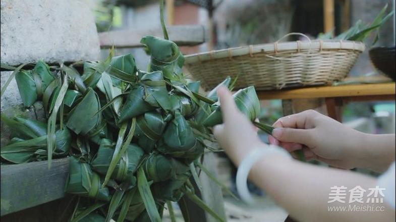 家乡的草灰粽的做法大全