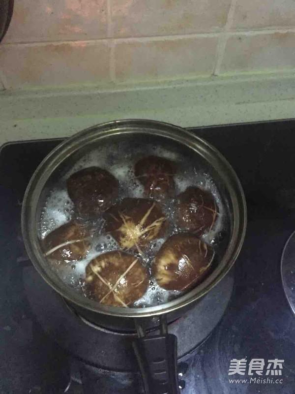 香菇猪肉饺子的做法大全
