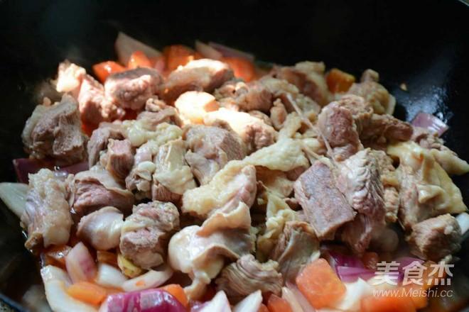 西红柿土豆炖牛腩的简单做法