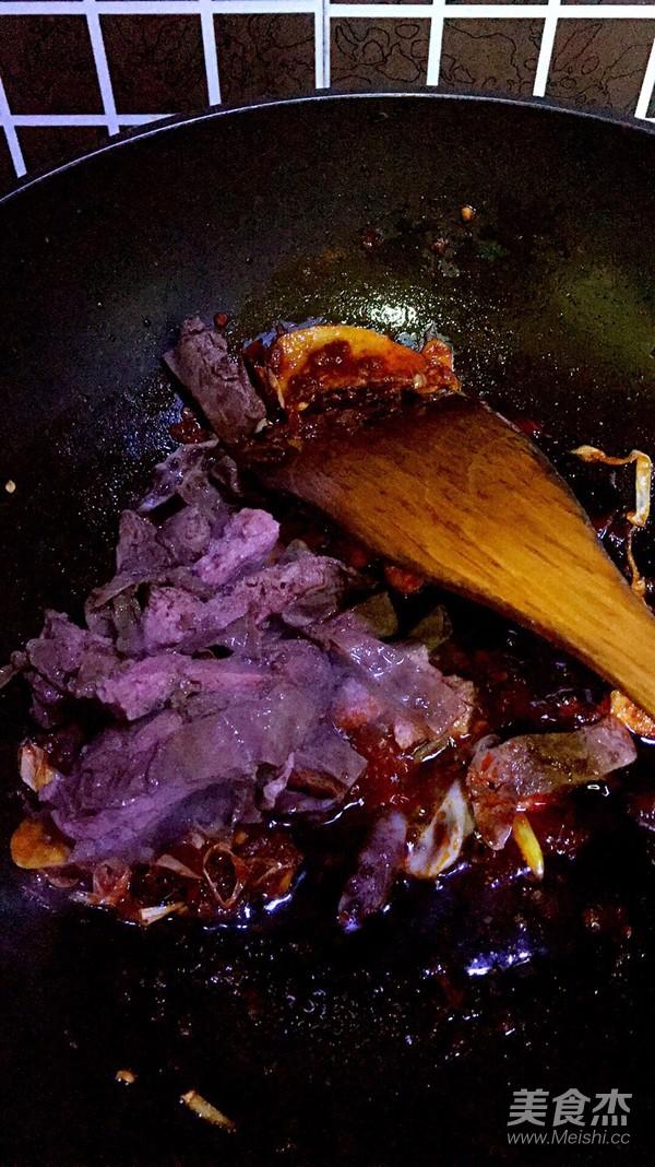 川式辣炒胎盘的步骤