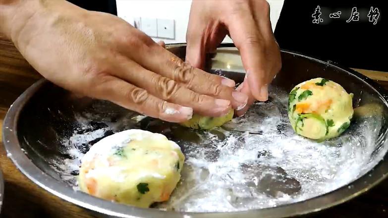 庄青山:蛮有气质的一块饼,只因长了一张大众脸的步骤