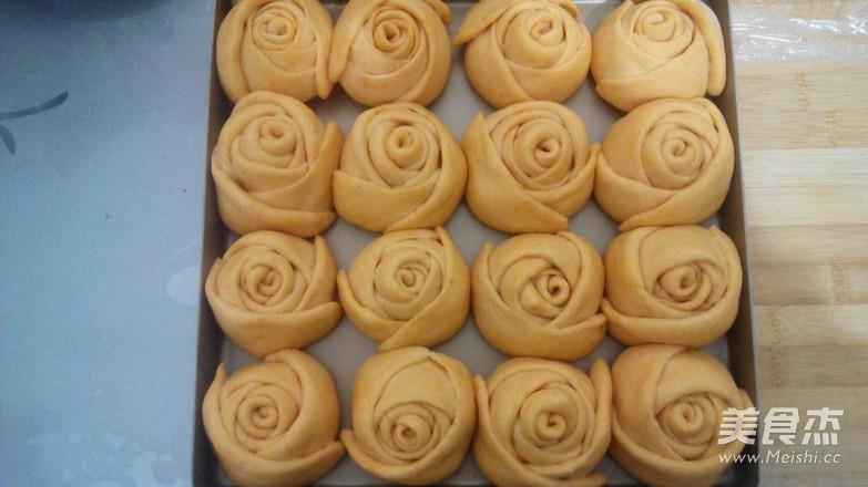 南瓜玫瑰面包的步骤