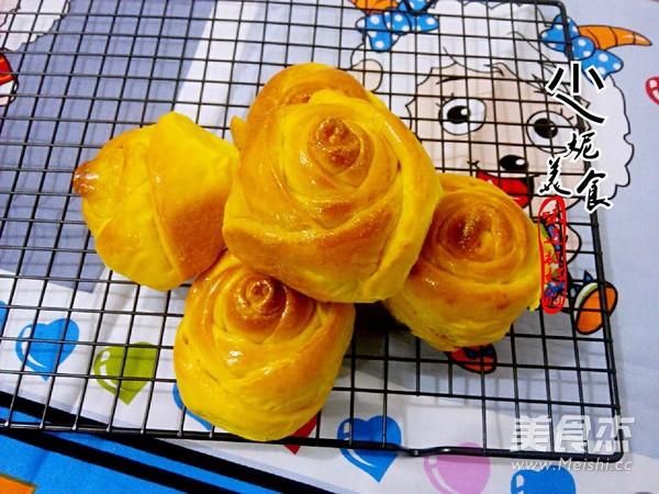 南瓜玫瑰面包成品图
