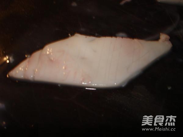 韭菜苔炒鱿鱼及清理的制作大全