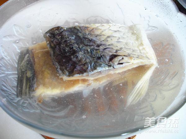 含丰富维生素之蒸咸鱼的步骤