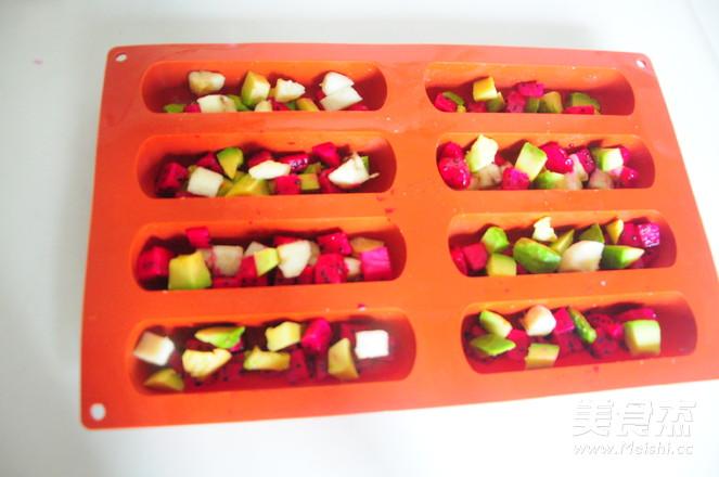 酸奶水果棒棒冰的简单做法