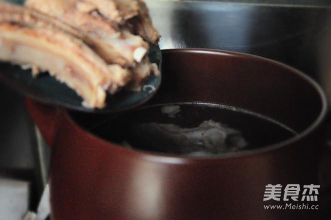 排骨莲藕汤怎么吃