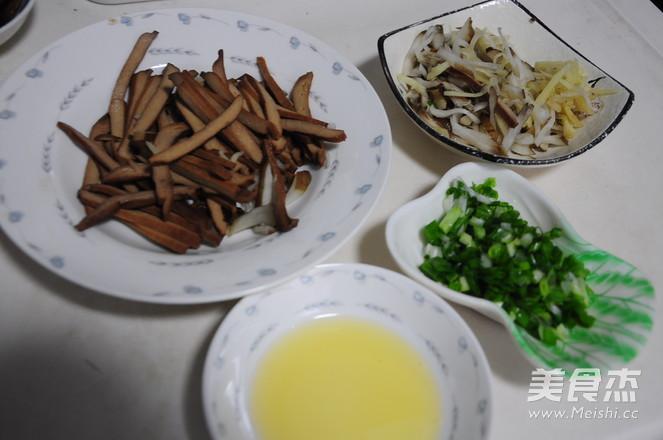 五香豆干拌鬼子姜的做法图解