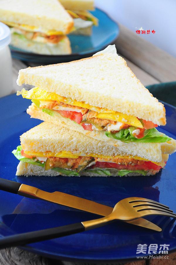 金槍魚三明治成品圖