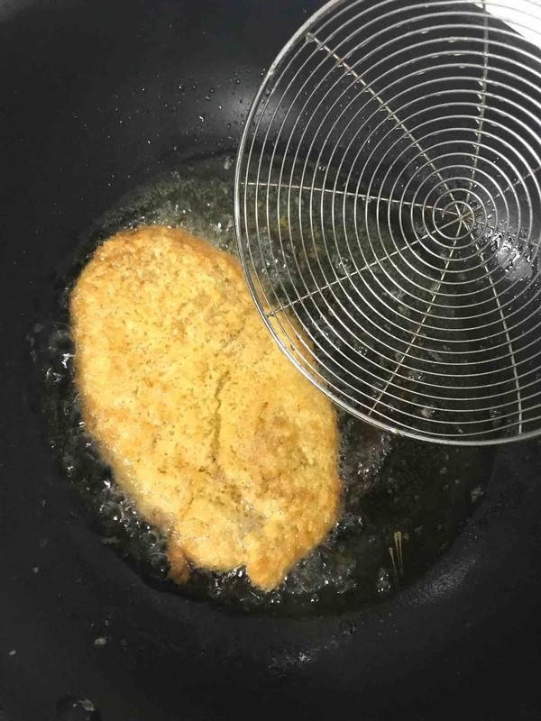 面包糠大鸡排怎么煮