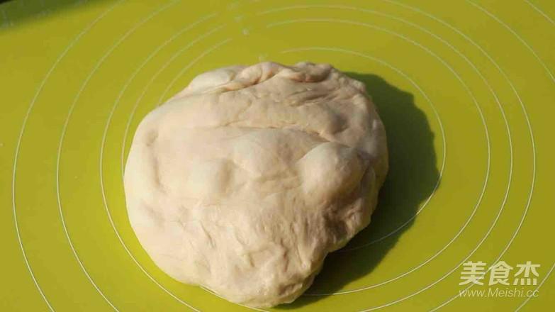 葱香肉松面包卷怎么做