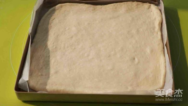 葱香肉松面包卷怎么炖
