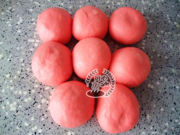红红火火喜庆的绣球包的家常做法