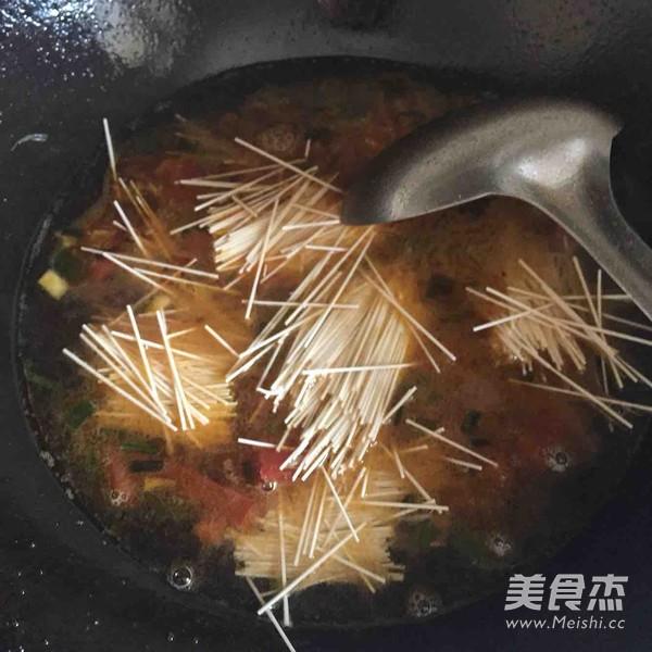 西红柿鸡蛋面(宝宝面条)的家常做法