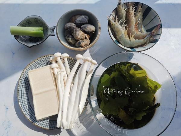 裙带菜海鲜豆腐汤的做法图解