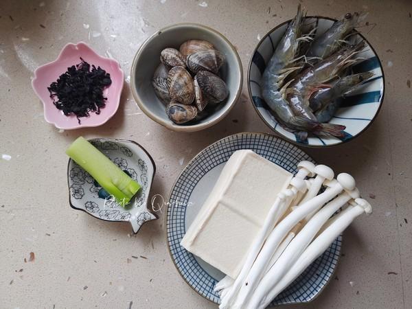 裙带菜海鲜豆腐汤的做法大全
