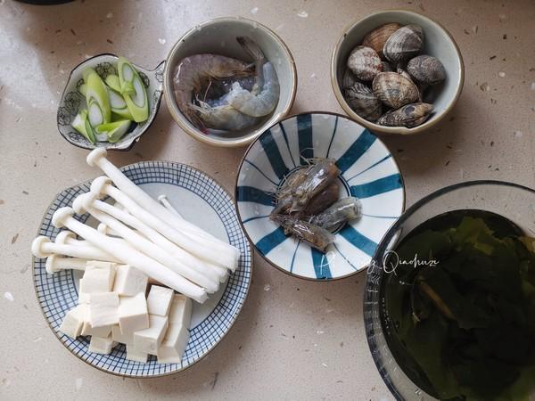 裙带菜海鲜豆腐汤的家常做法