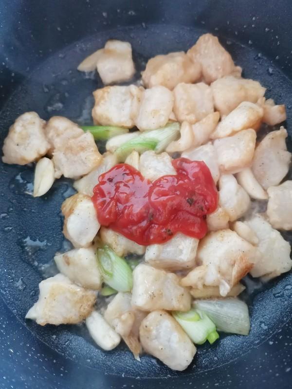 红红火火过大年之~番茄辣酱龙利鱼的简单做法