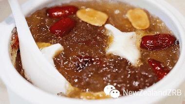 红枣桃胶新西兰花胶汤怎么吃