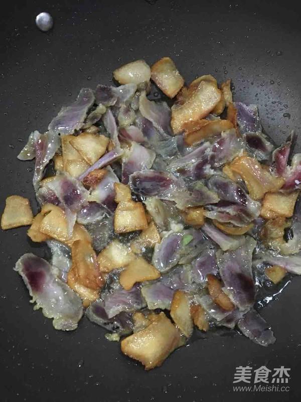 笋尖炒腊肉的简单做法