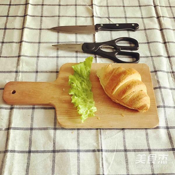 可颂三明治、香蕉牛奶奶昔的做法图解