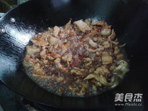 尖椒炒肉怎么炒