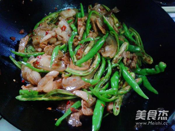 四川尖椒炒回锅肉怎么炒