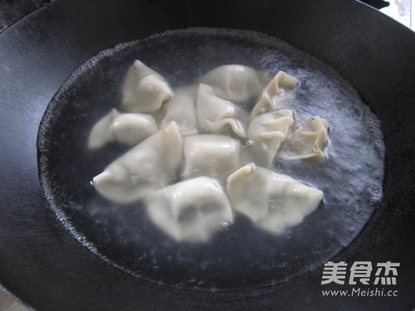 韭菜猪肉饺怎样做