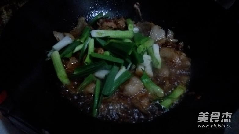蒜苗回锅肉怎么做